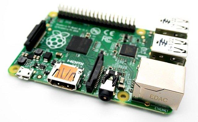 Raspberry Piの財団によって作成されたPythonによって制御可能なコンピューターの基盤。